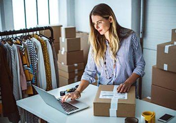 business-woman-INFO